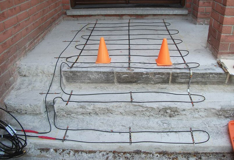 Heating Cables in walk path